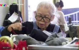 """""""Nghỉ hưu"""" không có trong từ điển của nhiều người già Nhật Bản"""