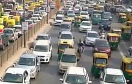 Ấn Độ: Thuê lao động thiếu kinh nghiệm lắp ráp ô tô để cạnh tranh giá