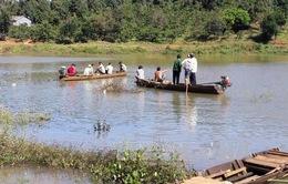 Bình Phước: Tìm thấy 4 người tử vong trong vụ lật thuyền trên sông Lấp