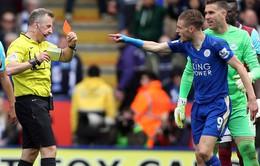 Leicester City lâm nguy: Vardy bị FA phạt nặng vì gây sự với trọng tài