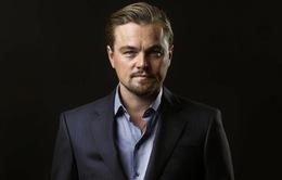 Leonardo DiCaprio bị bắt quả tang tiệc tùng với 9 phụ nữ sau lưng bạn gái