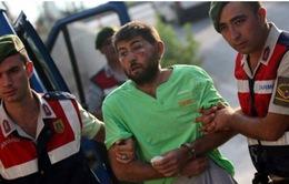 Thổ Nhĩ Kỳ bắt giữ binh sĩ với cáo buộc bắt cóc Tổng thống