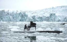 Nghệ sĩ piano nổi tiếng Italy biểu diễn tại Bắc Cực