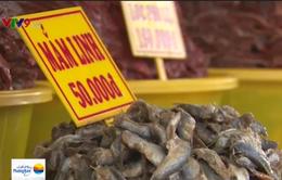 Miền Tây tất bật vào mùa sản xuất mắm cá linh