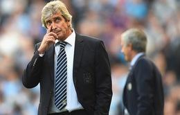 Thua thảm Chelsea, HLV Pellegrini bị tố đang trả thù Man City