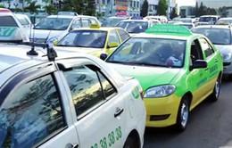 Từ 27/2, các hãng taxi ở TP.HCM bắt đầu giảm cước