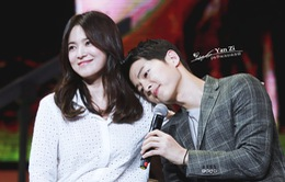 """Sau khi """"yêu"""" Song Hye Kyo, gu bạn gái của Song Joong Ki đã thay đổi"""