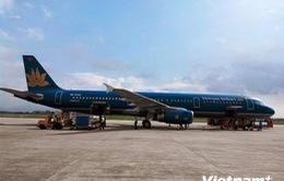 Máy bay Vietnam Airlines xin hạ cánh ưu tiên do trục trặc phanh