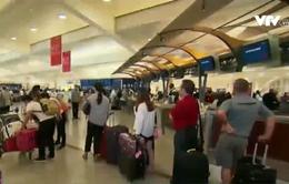 """Delta Airlines """"bốc hơi"""" 150 triệu USD vì sự cố mất điện"""