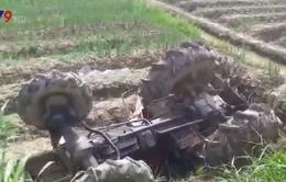 Vĩnh Long: Lao máy cày xuống ruộng, người đàn ông tử vong tại chỗ