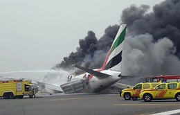 Vụ cháy máy bay ở Dubai: Vì sao 300 người sống sót?