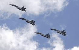 Nhật Bản cảnh giác với máy bay tập trận của Trung Quốc