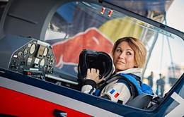 Melanie Astles, nữ phi công duy nhất tham dự cuộc đua Red Bull Air Race