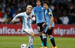 Messi tái xuất, Argentina chiếm ngôi đầu