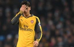"""Tin buồn cho Arsenal: Ozil """"một lòng một dạ"""" về Man Utd"""