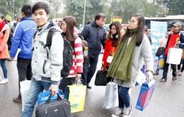 """""""Chuyến xe mùa xuân - Tết sum vầy"""" hỗ trợ sinh viên về quê ăn Tết"""