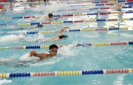 400 vận động viên tham gia tranh tài tại Giải bơi Thanh thiếu niên Hà Nội