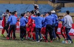 Ảnh: Than Quảng Ninh thắng kịch tính CLB Hà Nội, giành Siêu cúp Quốc gia 2016
