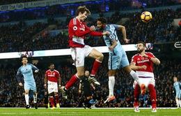 Vòng 11 Ngoại hạng Anh: Thủng lưới phút bù giờ, Man City mất ngôi đầu