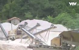 Mỏ đá nằm sát khu dân cư: Chính quyền thừa nhận khó kiểm soát!