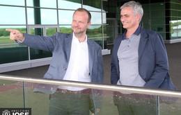 """Mối quan hệ giữa Mourinho và Ed Woodward """"gương lành lại vỡ""""?"""