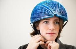 Mũ bảo hiểm bằng giấy dễ dàng gấp gọn