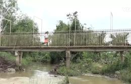 Cảnh báo tình trạng trẻ em tử vong do đuối nước mùa lũ