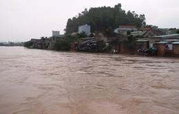 Bình Định còn 3 huyện bị nước lũ chia cắt