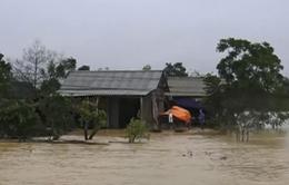 Mưa lũ tại Hà Tĩnh: Nhiều xã bị cô lập và chìm trong nước