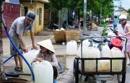 Kiên Giang chỉ cấp được nước qua đường ống trong 5 - 7 ngày