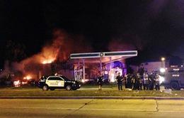 Bạo lực bùng phát ở Milwaukee sau khi cảnh sát Mỹ bắn chết nghi phạm