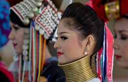 Làng phụ nữ cổ cao ở Myanmar hút khách du lịch