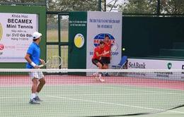 Lý Hoàng Nam vào chung kết đôi, tứ kết đơn F9 Futures