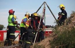 Sập mỏ vàng ở Nam Phi, hơn 100 người bị chôn vùi