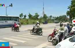 Tình trạng vượt đèn đỏ tăng cao trong đợt nắng nóng ở Thủ đô