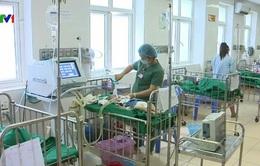Người già, trẻ nhỏ nhập viện vì nắng nóng