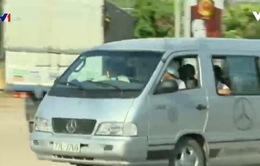Xe né trạm thu phí qua Quốc lộ 1, Bình Định