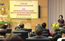 Chủ tịch Quốc hội trao Huân chương cho nguyên lãnh đạo các cơ quan QH