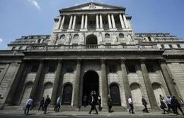 Người dân Anh lo ngại về nền kinh tế sau quyết định của BOE