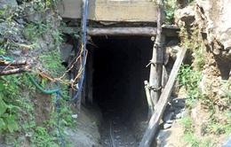 3 phu vàng mắc kẹt ở Thanh Hóa: Nồng độ khí độc cao, cứu hộ bất lực