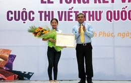 Nữ sinh Việt Nam đạt giải nhất viết thư Quốc tế UPU