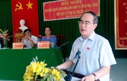Tiếp xúc cử tri tại Long An, Trà Vinh sau kỳ họp Quốc hội