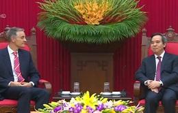 Đồng chí Nguyễn Văn Bình tiếp Đoàn chuyên gia IMF