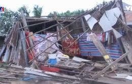 Lốc xoáy ở Sóc Trăng, 126 căn nhà sập, tốc mái