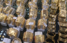 Có nên cho phép doanh nghiệp nhập khẩu vàng nguyên liệu?