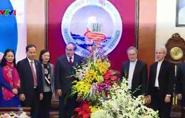 Chủ tịch Ủy ban MTTQ Việt Nam chúc Giáng sinh tại Thanh Hóa, Ninh Bình, Thái Bình