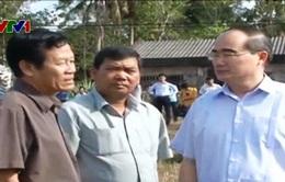 Ông Nguyễn Thiện Nhân giám sát khắc phục xâm nhập mặn tại Trà Vinh