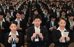 Nhật Bản khuyến khích nhân viên nghỉ làm sớm vào chiều thứ 6