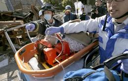 Mưa lớn cản trở nỗ lực cứu trợ tại Nhật Bản