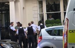 """Mourinho """"mặt cắt không còn giọt máu"""" vì bị trộm viếng thăm"""